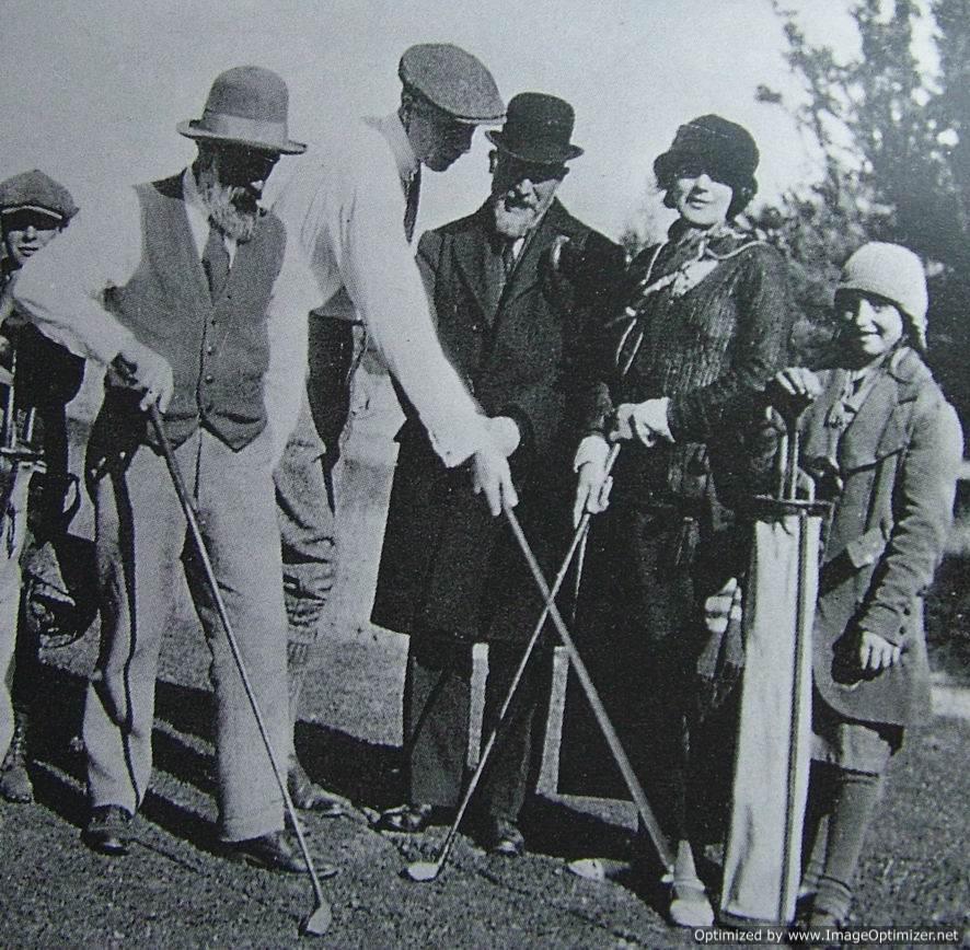 Brancusi, Roche, Erik Satie & Foster au golf 1923