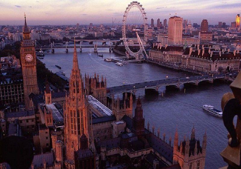 here-it-is-in-2012-its-got-some-new-landmarks-like-the-london-eye-ferris-wheel