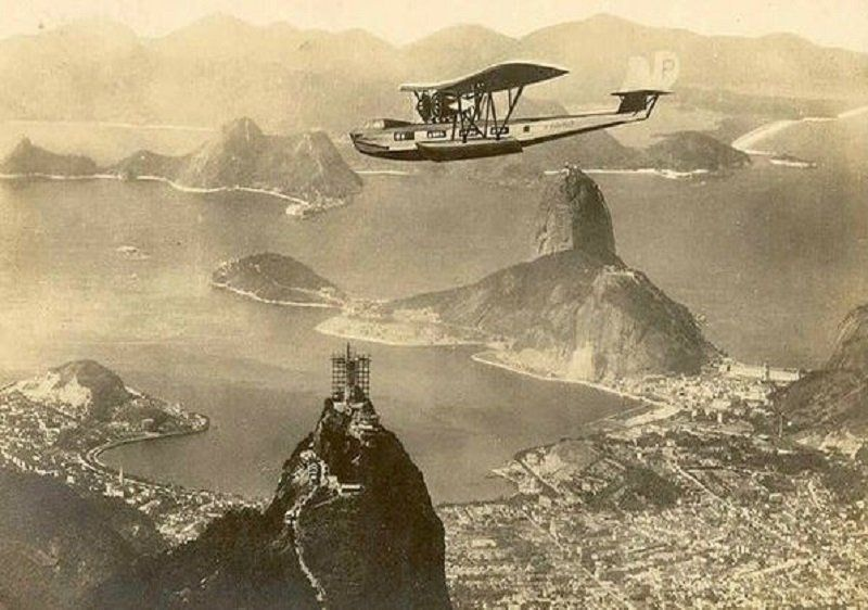 this-photo-was-taken-sometime-around-1930-when-christ-the-redeemer-was-in-construction
